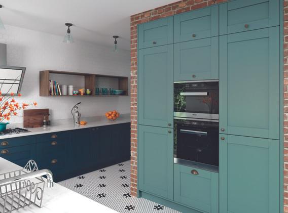 Kitchens_GADDESBY_Colmar_Marine_LightTea
