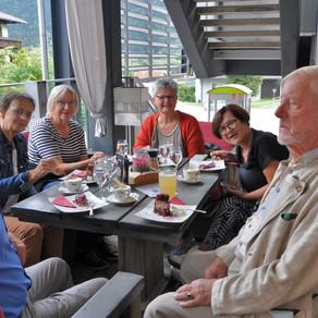 Kulturspaziergang von FamiliJa mit Ehrenobmann Dr. Wilhelm Pacher