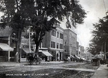 Camden-Maine-Opera-House-Vintage-Postcar