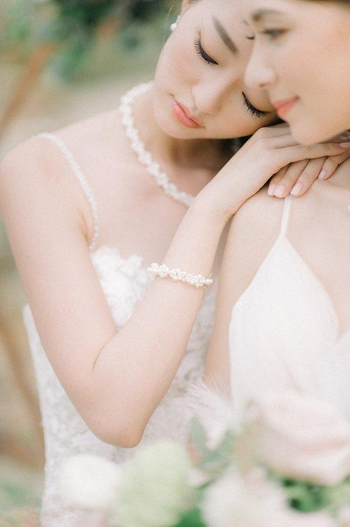 Knot Pearl Bracelet
