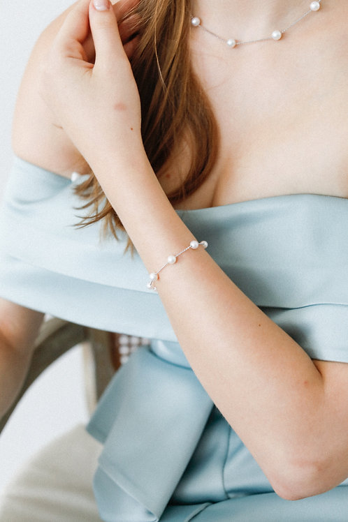 Tin Cup Bracelet with Akoya Pearl