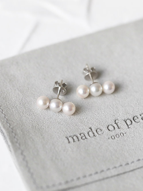 TriO Earrings with Akoya Pearl