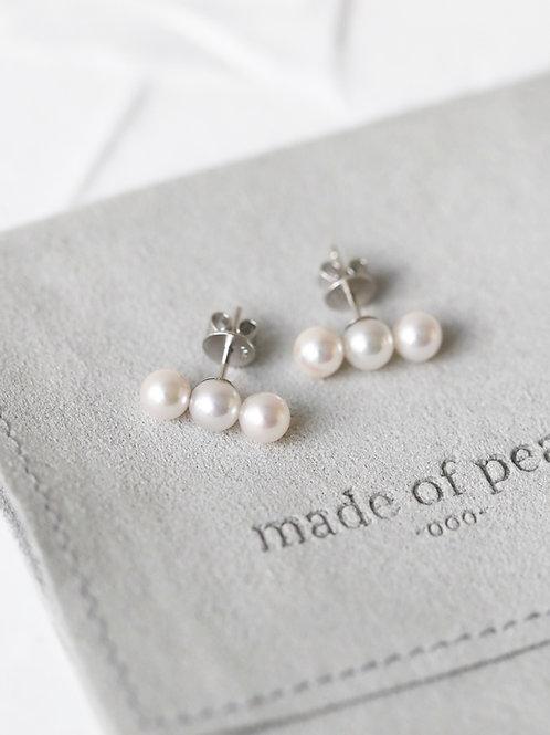 TriO Earrings with Akoya Pearl