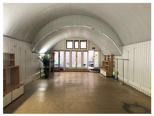 Cambridge Grove, Arch.jpg
