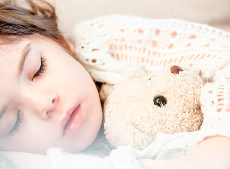 2 Quick Tips for Improving Sleep During Lockdown