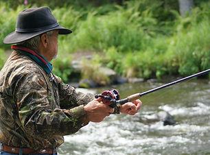 fisherman-585707.jpg