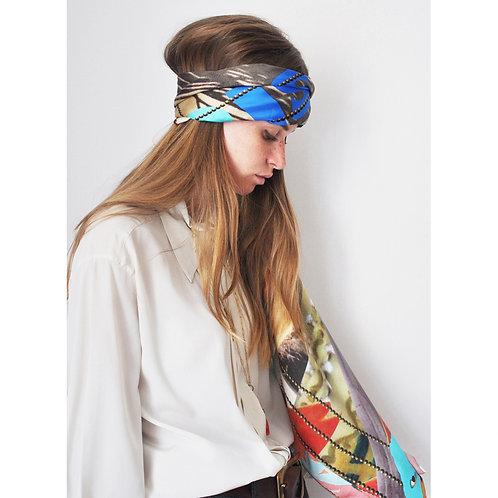 100% Silk Foulard - Paris with love  140 x 140 cm Be Parisian Luxury fashion Karybu shop online