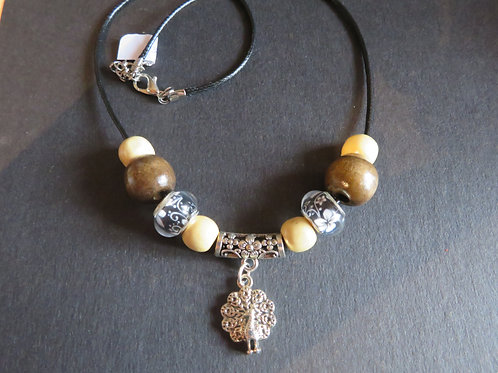 collier paon