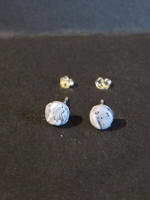 Boucles clou bariolé gris pierre