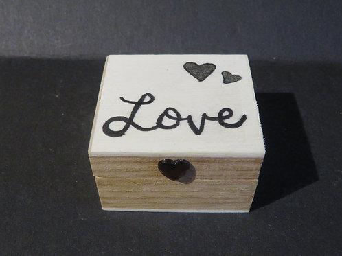 Ecrin love