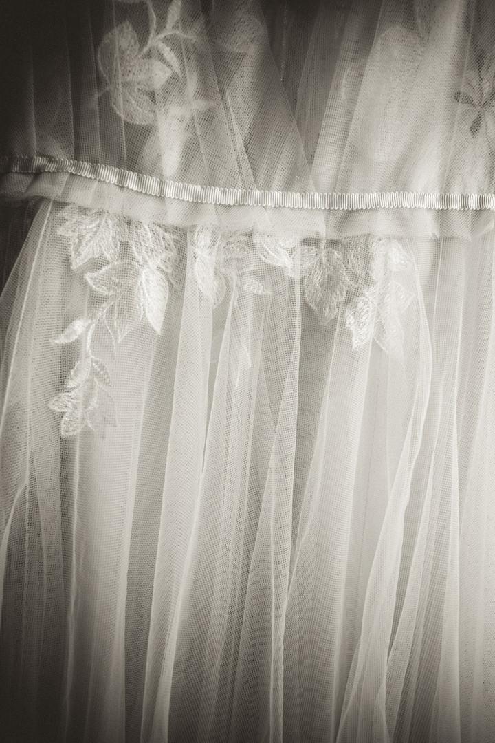 Izzy+Ozzy-Wedding-Favorites-11.jpg