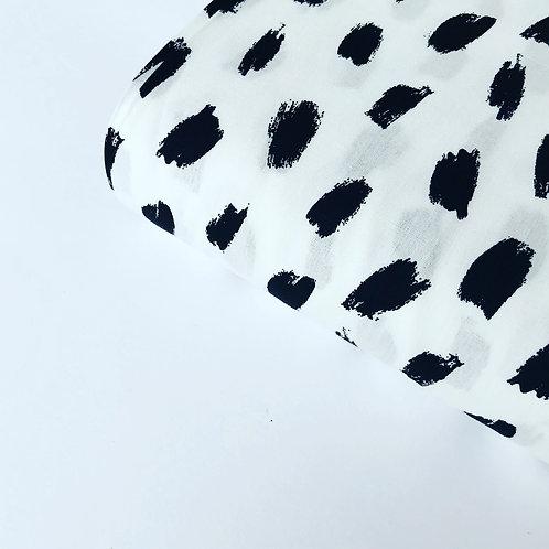 Popelín Spots white