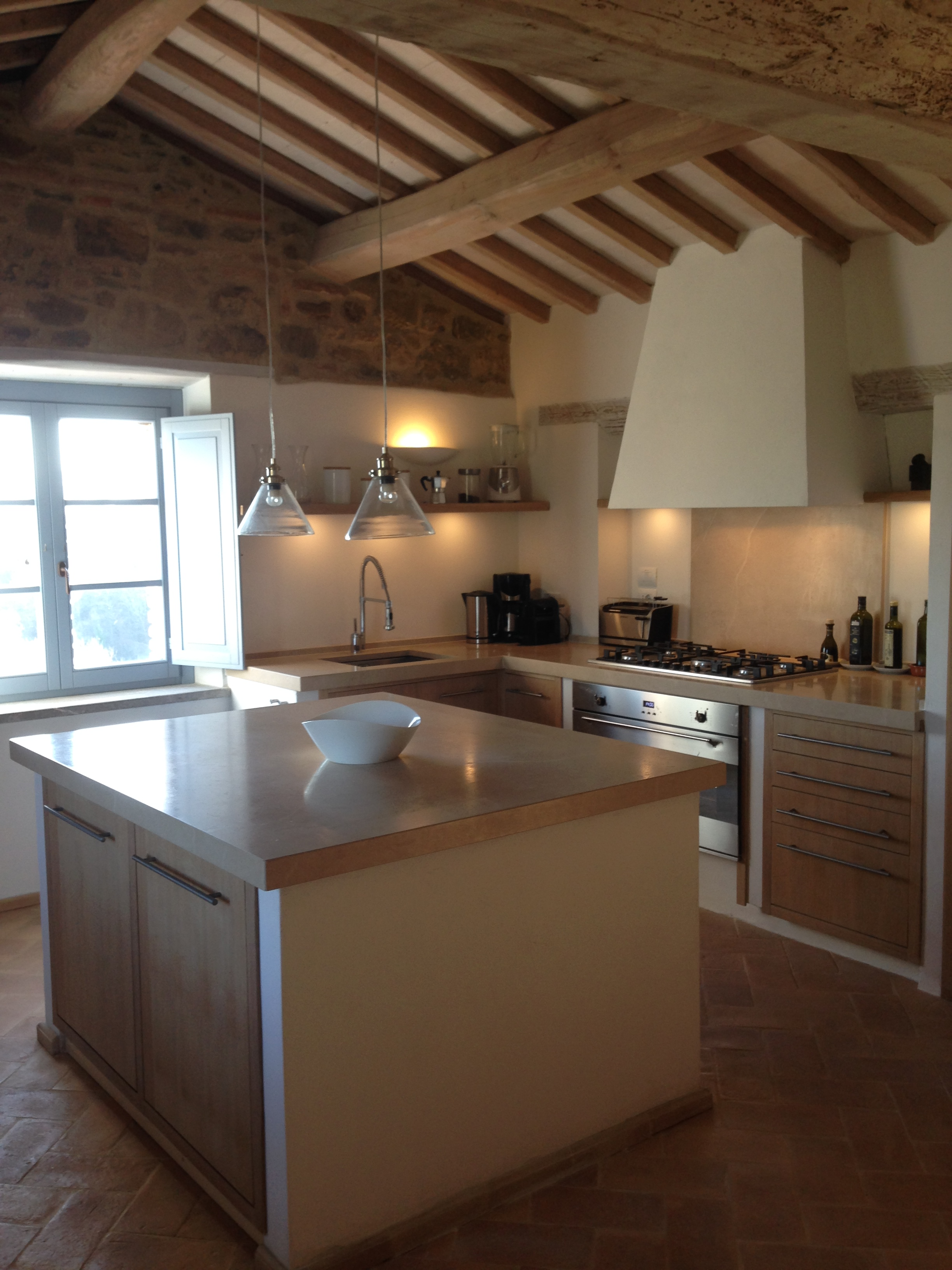 Use this fully equipped kitchen