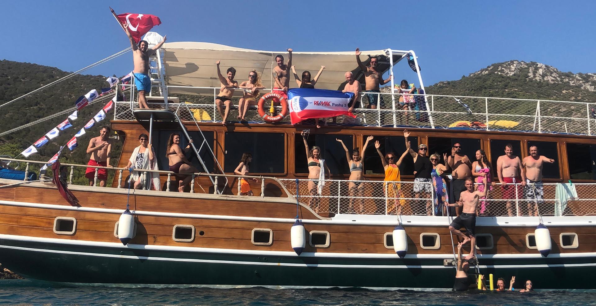 Yaz sezonunu yine teknede kapattık.