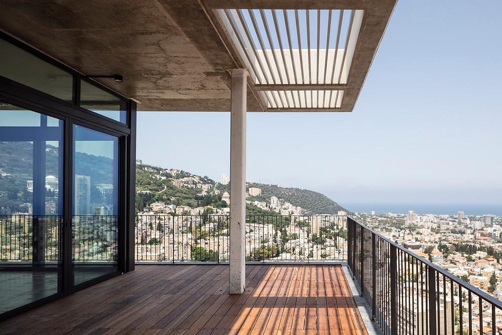 נוף של מפרץ חיפה והר הכרמל ממגדל אחד העם חיפה