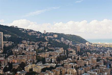 נוף של הר הכרמל וחיפה