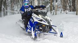 2018-Yamaha-SIDEWINDER-X-TX-SE-141-RU-Racing-Blue-Studio-004