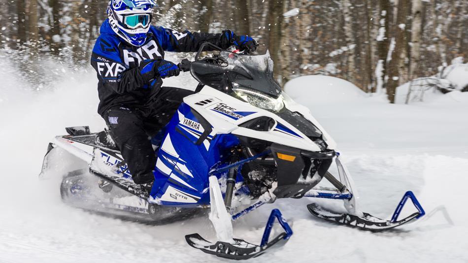 2018-Yamaha-SIDEWINDER-X-TX-SE-141-RU-Racing-Blue-Studio-005