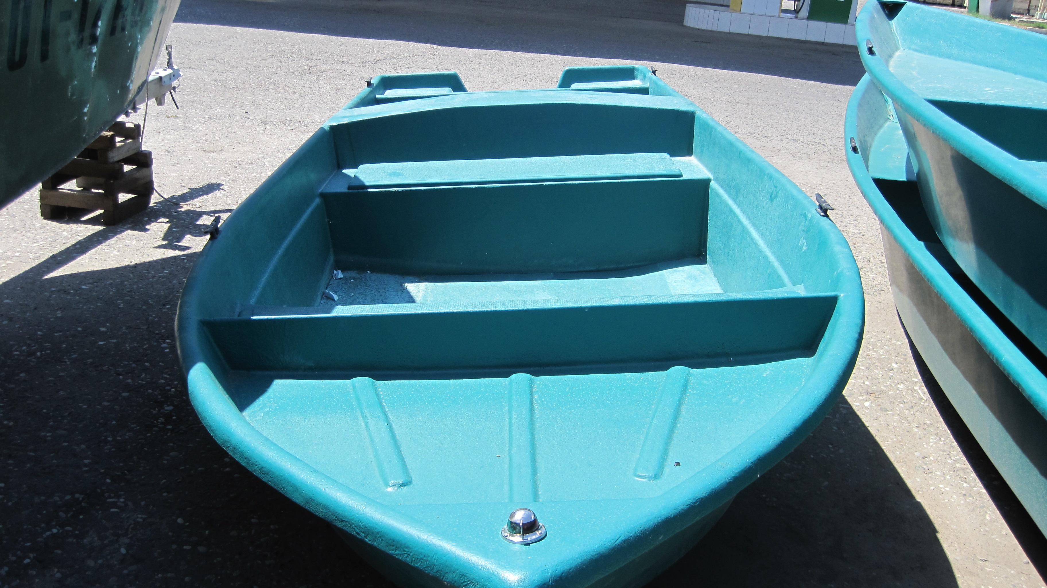 Лодка Астраханка  475