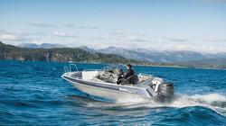2013-Yamaha-F200-F225-F225C-EU-NA-Static-001