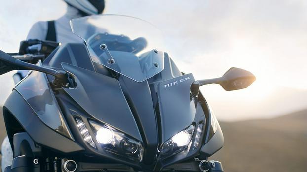 2018-Yamaha-NIKEN-EU-Graphite-Static-008