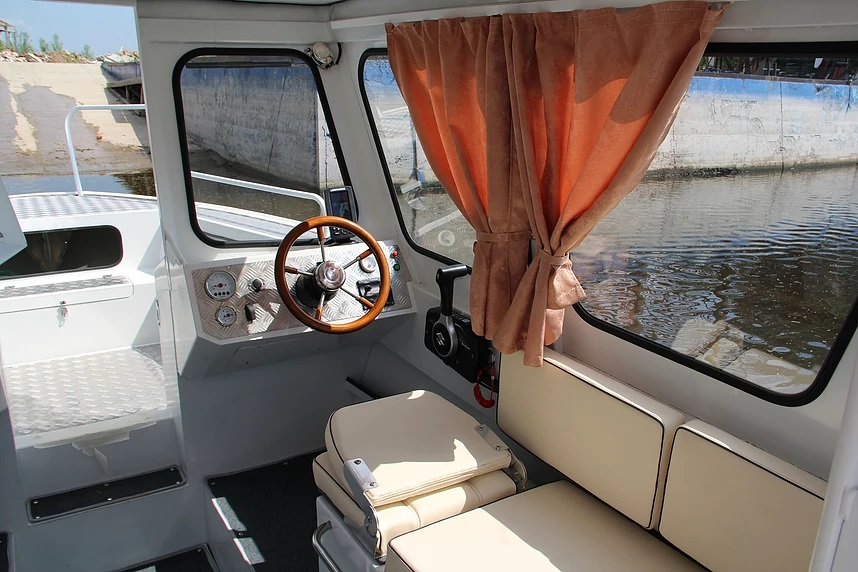 Victory 600 Cabin
