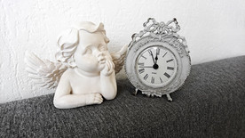 ange et horloge