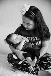 Gabi Newborn-4895.jpg