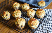Oatmeal Chocolate Chip Muffins - Hearty grab and go breakkie