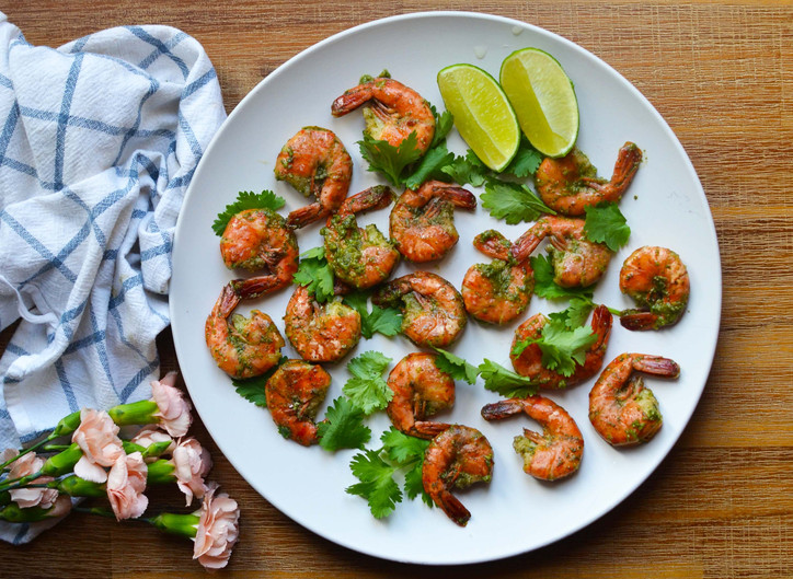"""Al Fresco Dining - Grilled Shrimps with a """"Summer"""" Mix Sauce"""