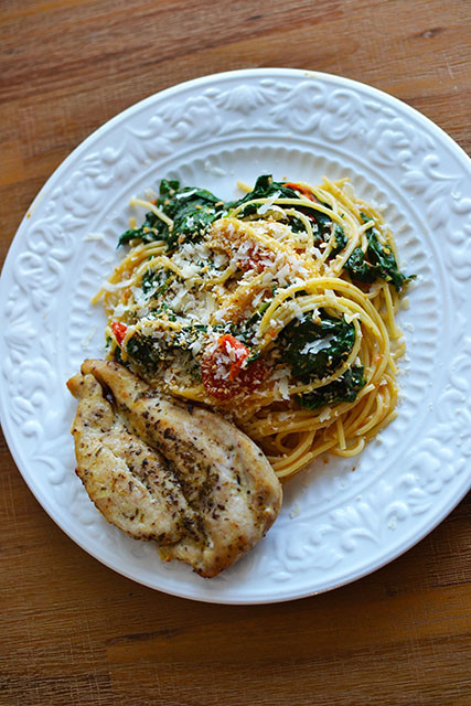 Spaghetti with roasted tomatoes and spinach