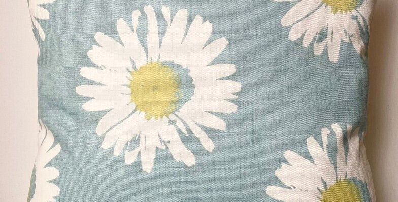 Daisy cushion cover - Daisies - Floral cushion cover - Summer