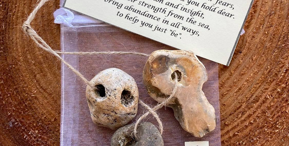 Hag stone trio 12 - LARGE - Protection amulet with blessing