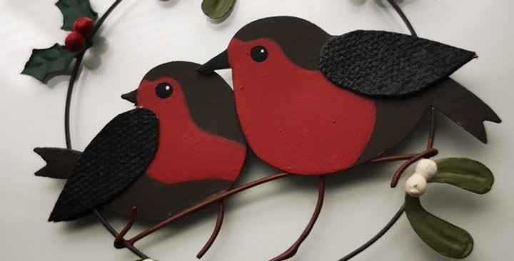 Robins in mistletoe and holly ring - Christmas Decoration - Hanging wreath