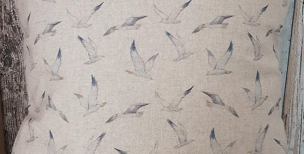 GULLS cushion cover - linen look - flying seagulls