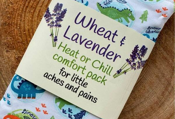 Wheat and Lavender Heat/Chill pack - Dinosaur adventures! White