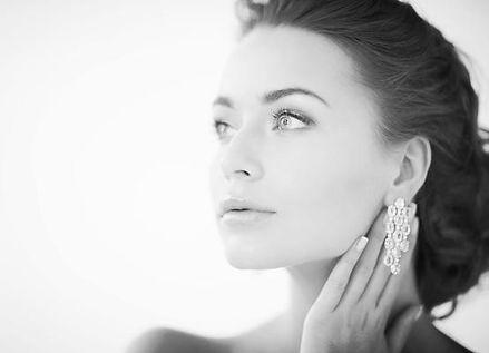 Diamanten kaufen, Diamanten online kaufen, Diamant Shop, Online Shop Diamanten, Diamantschmuck, Verlobungsring, Tiffany Diamant, Tiffany Ring, Diamant Ohrringe, Diamant Anhänger, Diamant Collier