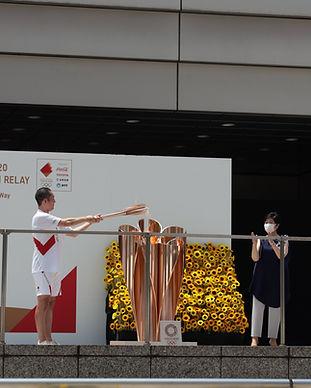 東京都オリンピック聖火リレー到着式.JPG