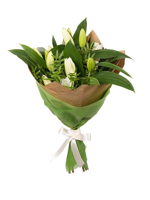 Букет из 5 лилий с зеленью