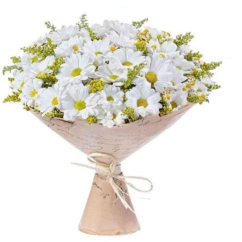 9 хризантем с декоративной зеленью