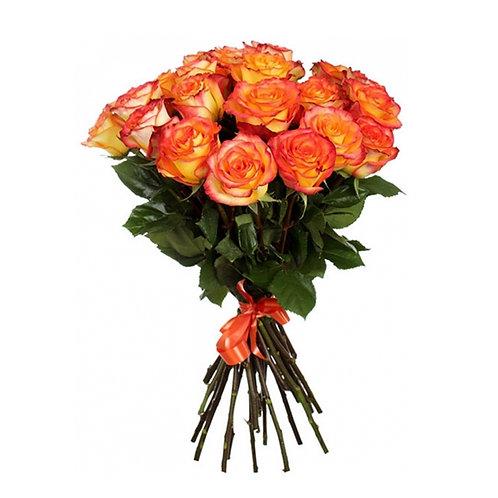 Букет из 25 красно-желтых роз