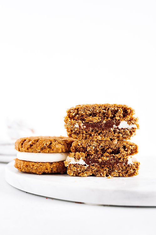 Peanut Butter Oatmeal MUNCH-O Cookie Sandwich