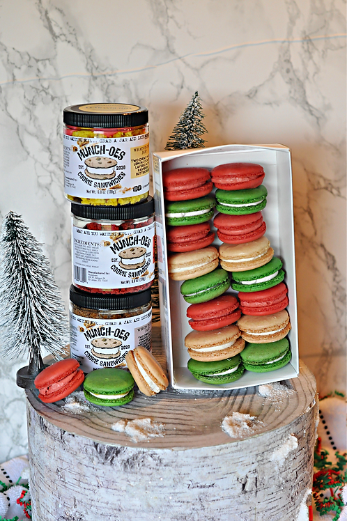 Holiday Large Macaron Basket with Munch-Oes