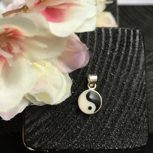 yin yang yinyang hanger zilver zwart wit