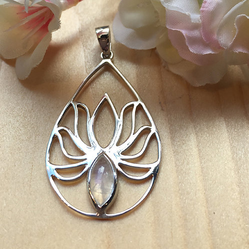 Lotus hanger