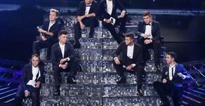 X Factor Group Stereo Kicks Split