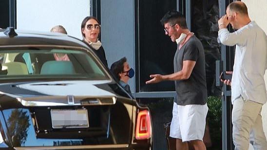 Simon Cowell arrives in LA | justsimoncowell.com