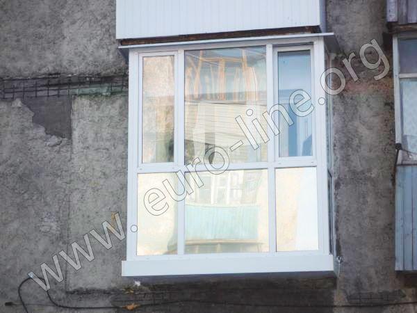 Балкон витражный