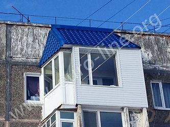 Скатная крыша в Петропавловске-Камчатском, крыша на лоджии, крыша на балконе, отделка крыши металлическим профлистом, отделка крыши, крыши на Камчатке, крыши в Елизово, крыши фирмы Евролайн, крыша с гарантией, крыша из металлочерепицы, кровля из металлочерепицы