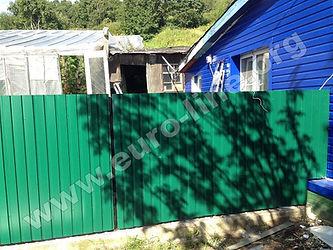 Забор из металлического профлиста на Камчатке, металлический забор в Петропавловске-Камчатском, забор для дачи, забор для частного дома, забор, ограждение